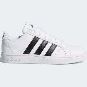 Adidas Baseline Shoes Size: 6 New With Tags